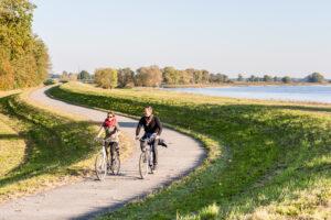 Radeln auf dem Elberadweg (c) Markus Tiemann